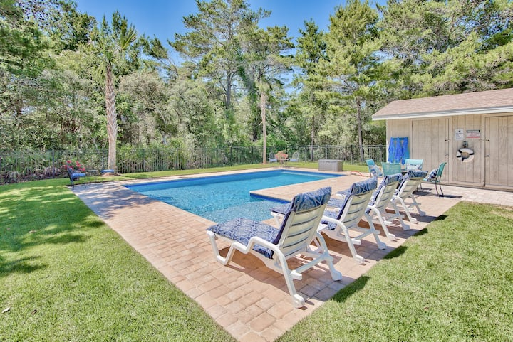 Brentwood Beach Bungalow