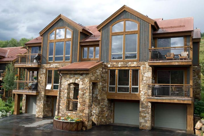TERRACES 502 - Slopeside Condo, Meadows of Mountain Village, Ski-In/Ski-Out
