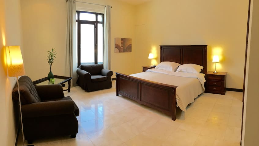 DIFC area! Independent room  En Suite - Dubai - Casa