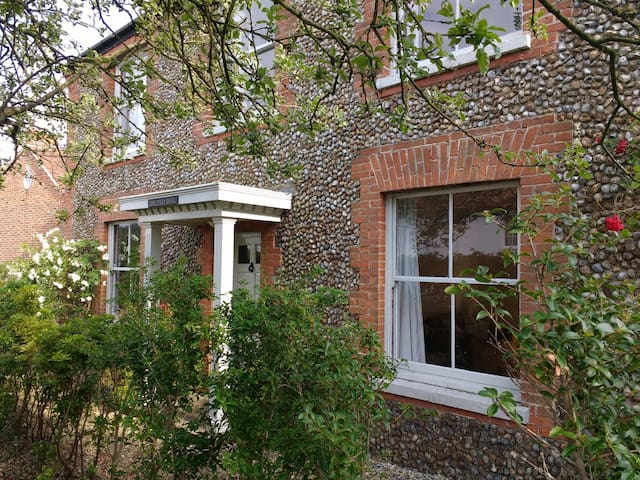 Large, renovated period property in North Norfolk