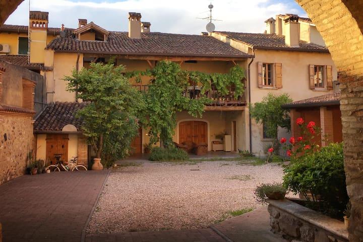 Country house close to Desenzano