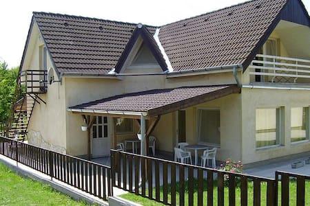 8171 Balatonvilágos Kodály Zoltán utca 1. - Balatonvilágos - Flat