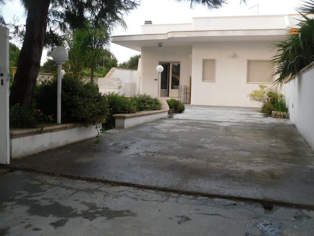 Villetta a 300 metri dal mare a Gallipoli - Gallipoli - Villa