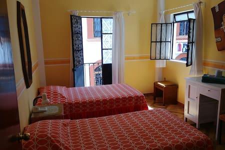 Habitacion en el centro de Taxco..