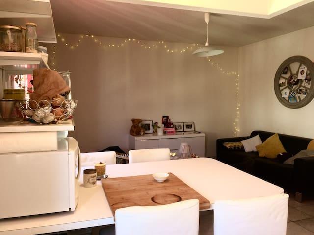 Triplex lumineux cosy - 60m2 avec garage - Bordeaux - Appartement