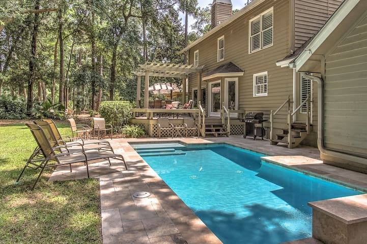 50 Gloucester - Outstanding vacation home ready for your vacation.
