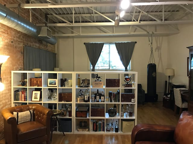 Cool Loft in Deep Ellum