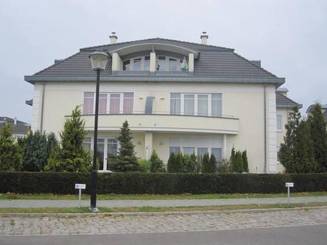 Stadtvilla am Golfplatz Stolpe