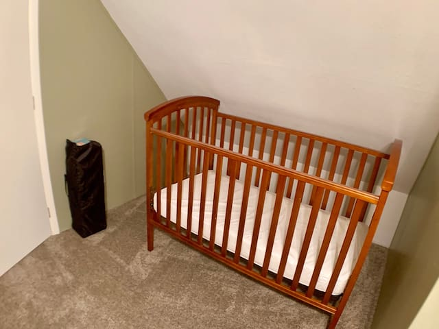 Crib and a Pack and Play