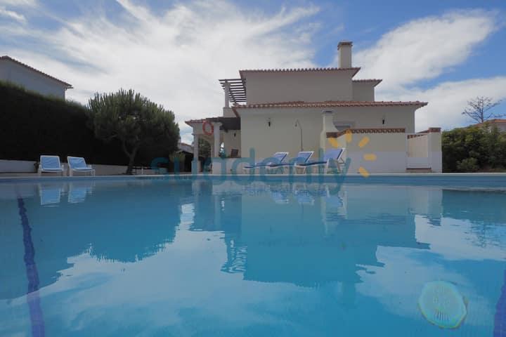 Vivenda Sousa - 4 quartos com piscina privada