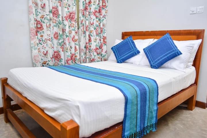 Camarin Residence - Economy Double Room