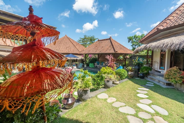 Shining New Balinese-Inspired Bingin Bungalow