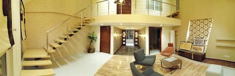 Luxurious Furnished Pent House Hamdan Heights