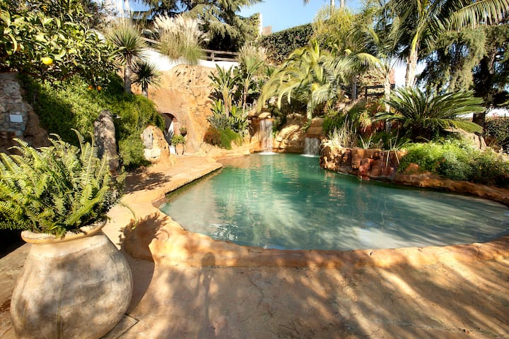 MAS JULI ★ Espectacular Villa con piscina natural privada. A 800m de la playa.Free WIFI. 12 PAX