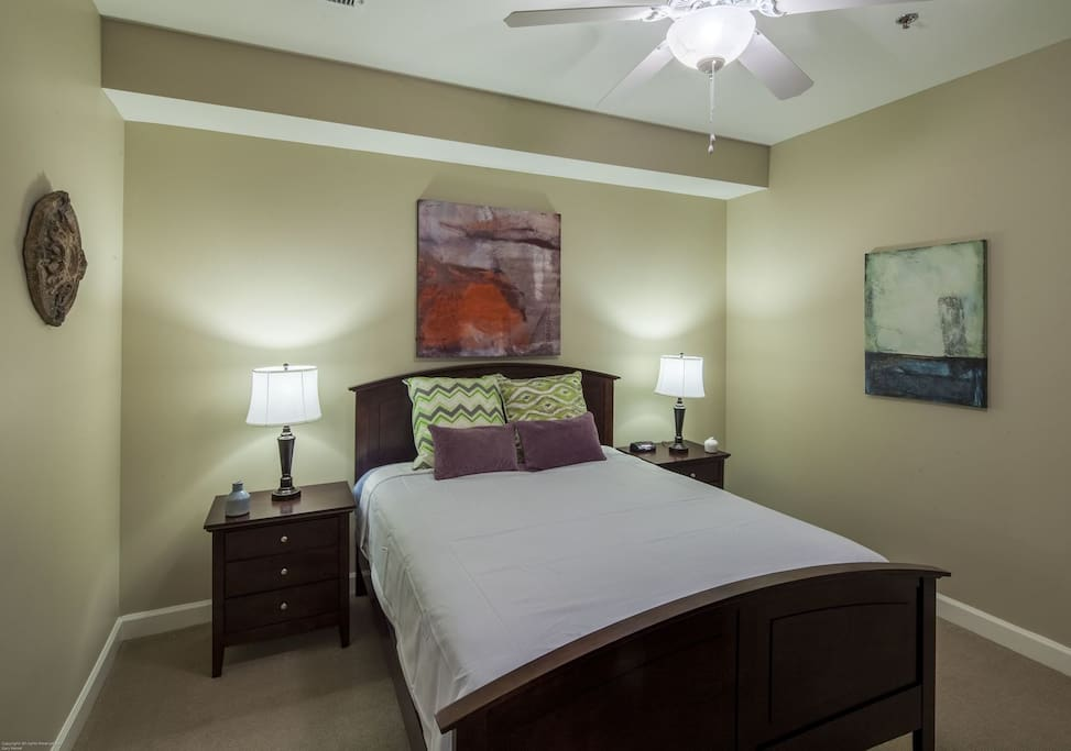Stay Alfred Memphis Vacation Rental Bedroom
