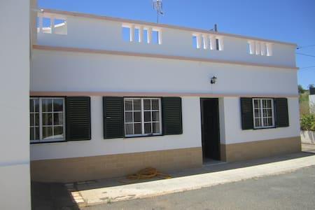 Casa térrea perto da praia, Algarve - Vila Nova de Cacela