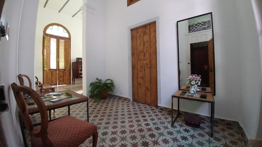 Entry Hall of Ca'Sita B&B with door to the first room