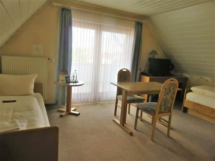 Hotel Conditorei Cafe Baier, (Schömberg), Doppelzimmer Komfort mit Frühstück, Dusche und WC