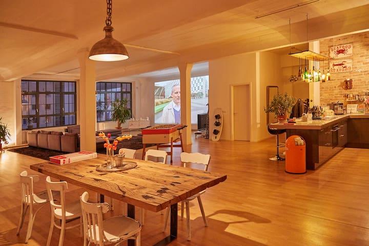 200 sq.m Designer Loft in Kreuzberg - Berlín - Loft