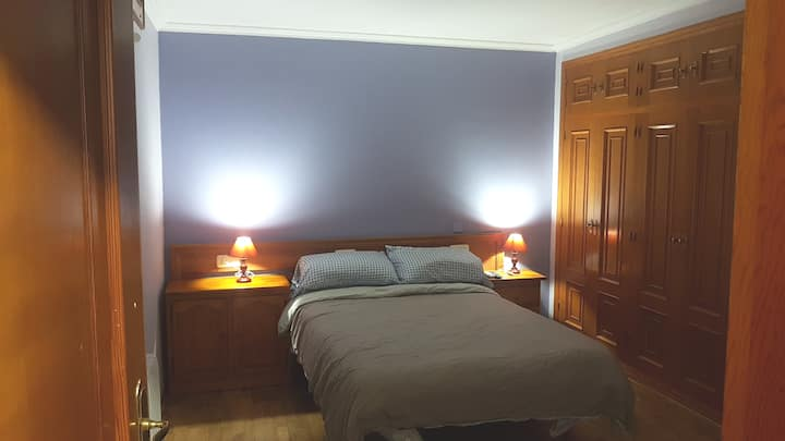 Apartamento completo para dos personas.
