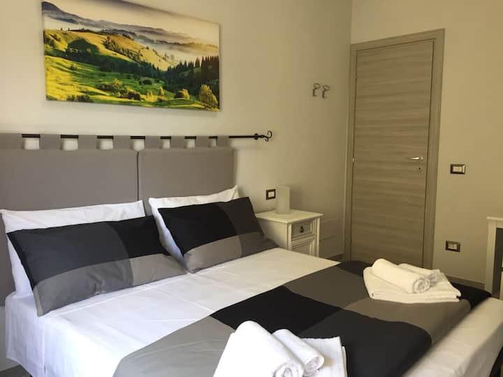 Cris&Giuli House camera con bagno privato 2