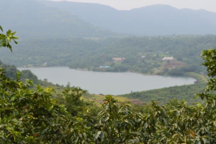 Hill region,peaceful,scenic,calm - Pimpri-Chinchwad - 獨棟