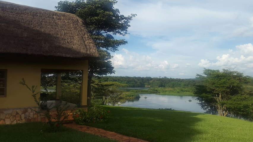 Cottage at Holland park - Jinja