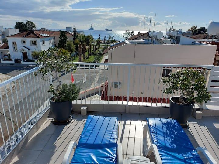 George Roof Garden Apartment