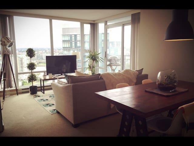 Waterfront Yaletown/FalseCreek Home - Vancouver - Departamento