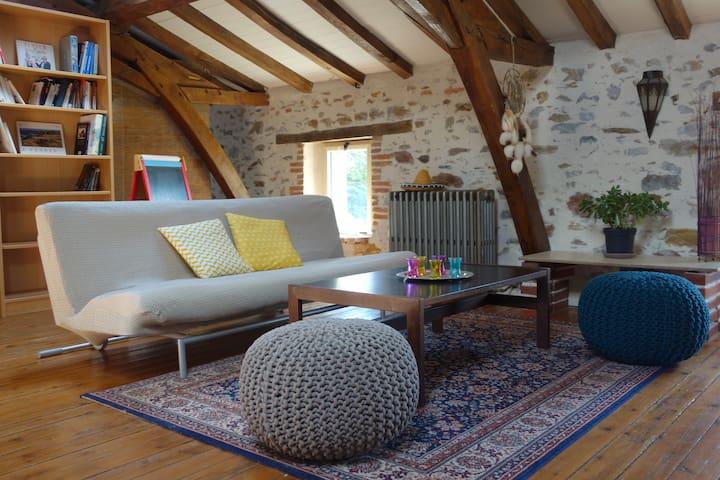 Petite maison rurale, chaleureuse - Aubigny - Dom