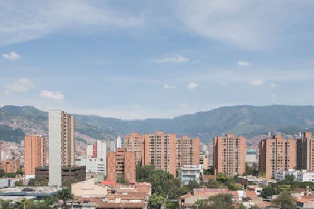Your daily view of Medellin to The East