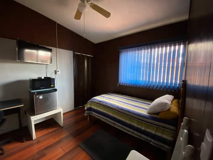 Depto. Cerca Hotel Villa Bejar  202 El Sauce