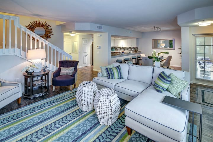 Relax in your own apt | 3BR in Palm Beach Gardens
