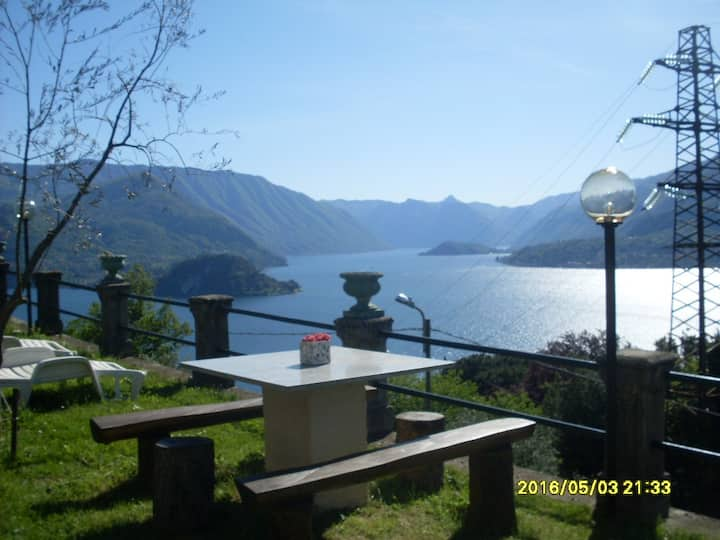 VEZIO HILLS HOUSE Varenna Lake Como