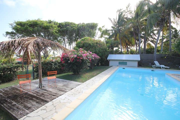 Villa HAMAK Vue mer piscine 12m - Saint-Francois - Hus