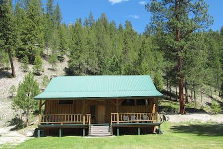 Alta Ranch Homestead cabin Clark unit - Darby - 自然小屋