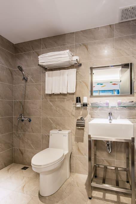 自由客房兩小床廁所