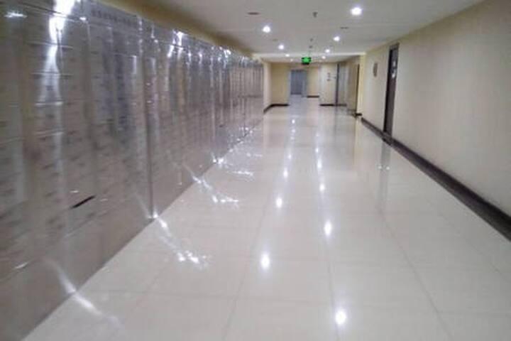 【迎迎】步行至天安门/天坛/前门/故宫/王府井/楼下地铁双大床2~4人间
