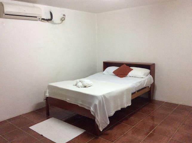 A/C room on Wailoaloa Beach - Nadi