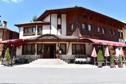 Hotel Restaurant  Bashtina Kashta