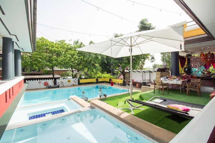 Aiyanna The Handmade Hostel - Bangkok, Thailand