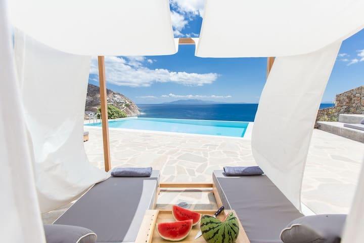 Villa Hamber on the beach with private pool - Elia - Willa