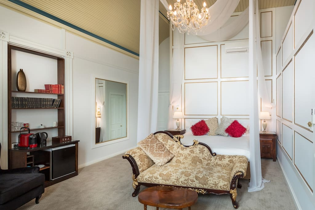 Room 6 - West Wing Suite.  Large king, ensuite, bath in room, enclosed veranda, air. Boutique accommodation Warwick QLD