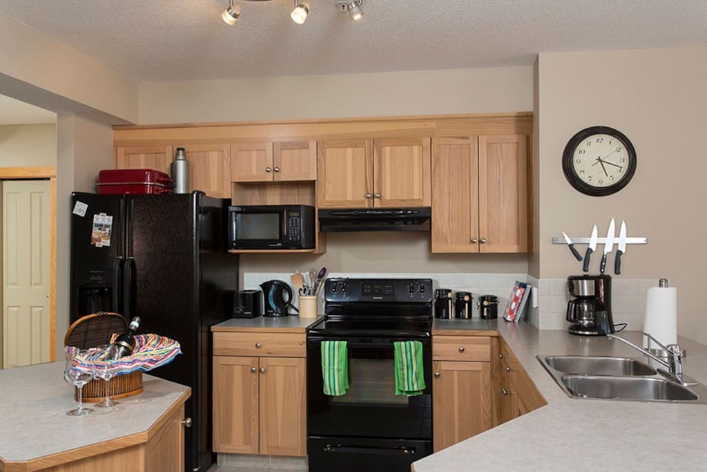 Well equipped, spacious kitchen has everything you need.