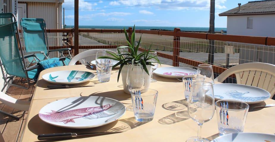 Beau chalet vue très bien dégagée sur la mer