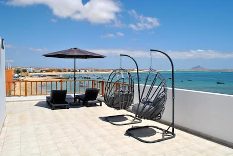Tud Dret I - Lovely beachfront apartment with WIFI