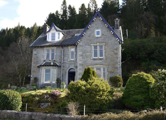 Craiglinnhe House B&B DBL ensuite (Rm4) nr Glencoe