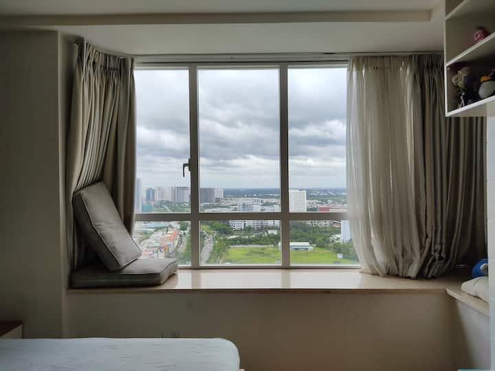 Sunrise city apartment