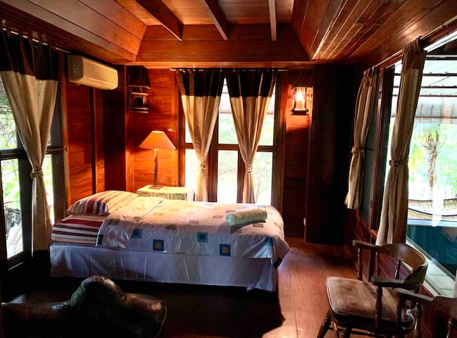 Extra bedroom downstairs (with twin size bed) can be arranged upon request.