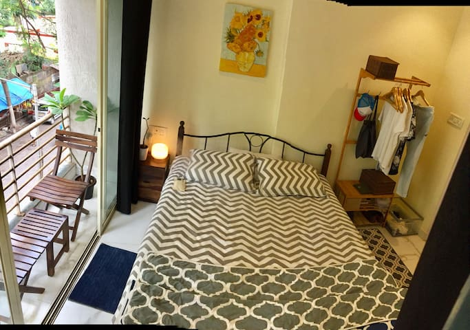 skylight apartment, khar/Bandra west